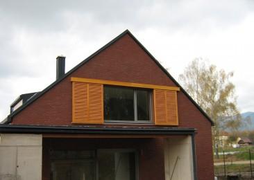 posuvné lamelové okenice